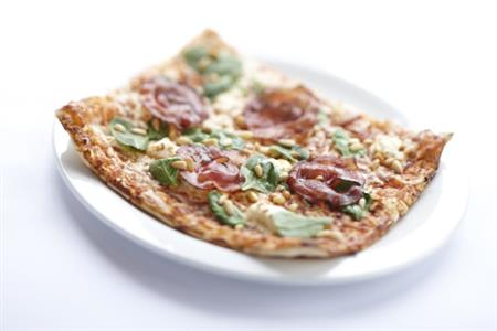 Pizza-au-bacon- restaurant-mont-tremblant-pizzateria